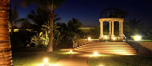 Landscape Lighting in Jupiter, West Palm Beach, Palm Beach, Wellington, Boynton Beach, and Lake Worth, FL