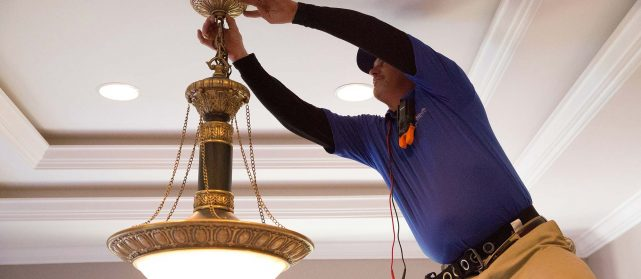 Home Electrician in Palm Beach Gardens, Jupiter, Stuart, Wellington, and West Palm Beach