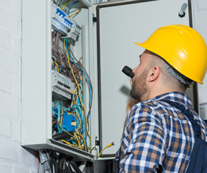Electrician in Delray Beach, Jupiter FL, Lake Worth, Stuart, Wellington